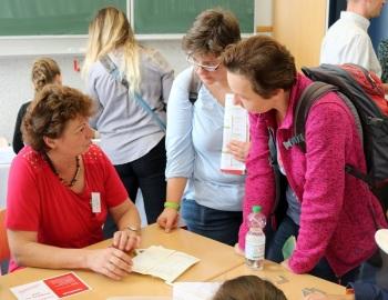 Schülerzeitung AG - 8.Schulmesse StER Halle (Saale) [23.9.2017] (Clemens T.Kral; Schuljahr 2017_2018) (2)