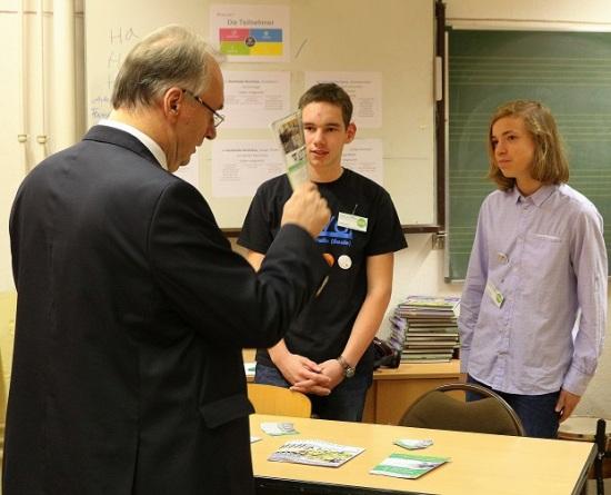 Schülerzeitung AG - Campus Kastanienallee_Besuch Dr. Reiner Haseloff [9.11.2017] (3)