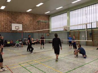 Ehemaligen- und Aktiven-Volleyballturnier 2017