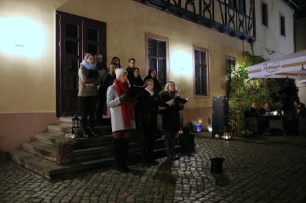 Schülerzeitung AG - Auftritt Oberstufenchor im Restaurant 'Zum Händel' [19.12.2018] (15)
